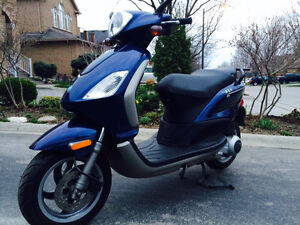 Piaggio Fly 150 - BLUE FREEDOM!
