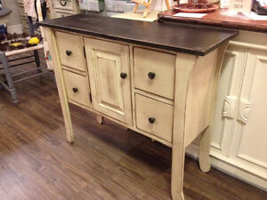 NEW! Stunning McCrae Table Sideboard Buffet Rustic Pine