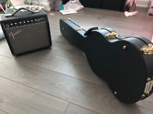 Electronic Guitar Set including Guitar Amp and Case