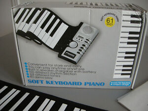 THE MOST PORTABLE KEYBOARD! AMAZING!