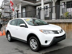 2015 Toyota RAV4 LE / Like New !/ All Wheel Drive