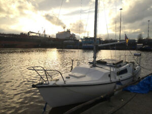 For Sale or Trade: Olympic Dolphin 23' Sailboat