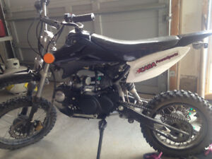 125 pit bike!! price reduced!!