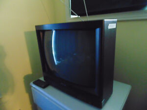 """FREE  Magnasonic 19"""" color CRT TV with remote."""
