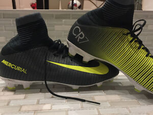 CR7 Mercurial soft sock cleats