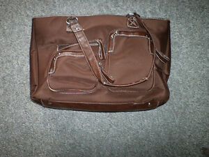 Assorted Large Purses/Bags Peterborough Peterborough Area image 5