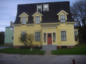 Large 2 Bedroom, 2 Story Unit, West, Great Location