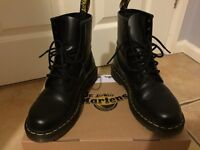 Shoes Dr Martins