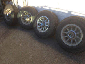 4 JEEP WINTER TIRES WITH RIMS FOR SALE!!!