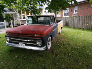 1963 Chevy C-10 fleet side pick truck