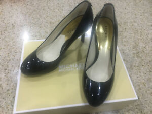 Michael Kors - Jenna Flex Pump - in EXCELLENT CONDITION - $50
