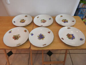 Fruit Plate and 6 Serving Plates