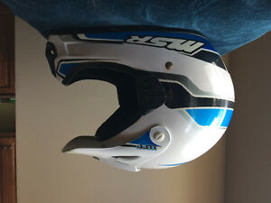 Msr dirt bike helmet