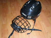 CCM HOCKEY HELMET WITH CAGE