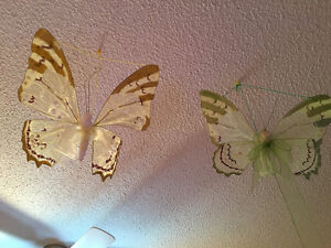 Set of 2 hanging butterflies
