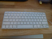 Apple Mac A1242 Wired Ultra Compact Keyboard + 2 USB For Repair