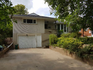 5 Bedroom Home with Separate Lower Entrance