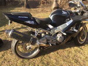 2000 CBR929