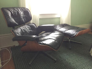 Authentic rosewood Eames Lounge Chair