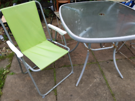 Garden table and chair £5