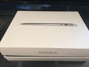 Brand new (Open box) Macbook air 13 2017 core i5 8gb 128gb