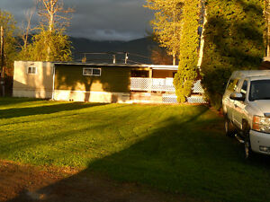 Manufactured home on a quiet and private lot in Creston