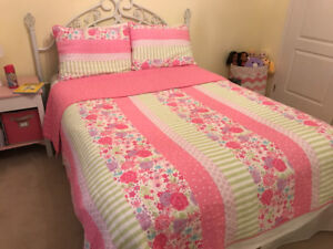 Girls quilt set (Double or Queen bed)