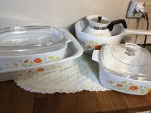 Vintage 1970's Corning Ware Wild Flower Collection