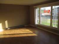 3+BEDROOM SIDE BY SIDE DUPLEX FOR STUDENT,FAMILES
