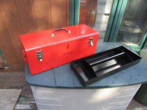 LARGE TOOL BOX - REDUCED!!!!