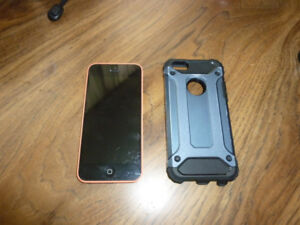 Iphone 5c 8GB....(needs screen)