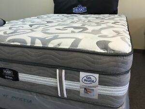 Best Name Brand Mattress Blowout from Sarnia Sarnia Area image 3