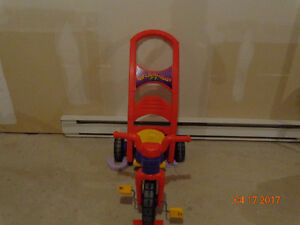 Tricycle Rock Roll & Ride XL red & purple