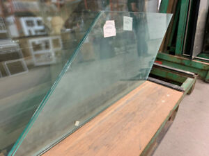 6mm Clear Tempered Glass (64 5/8 x 19 11/16)