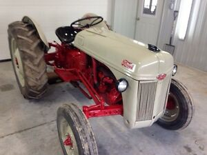 Ford tractor 8n