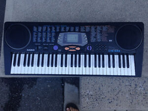 Casio keyboard CTK-533