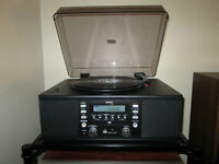 TEAC LP-U200 Turntable, CD Player, AM/FM Radio with USB and SD.