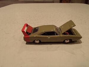'69 DODGE CHARGER DAYTONA AMERICAN MUSCLE ERTL COLLECTIBLES DIE Sarnia Sarnia Area image 6