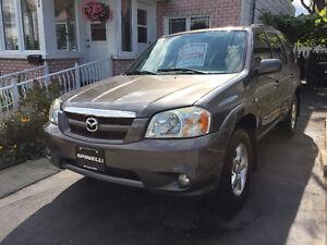 2005 Mazda Tribute 2005 mazda tribute Sedan