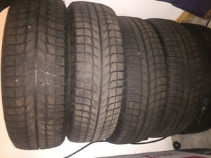 4 winter tires Michelin Extra Load 195/65 R15 MINT CONDITION