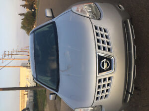 Nissan rouge (2008)for sale (164000km)remote strater