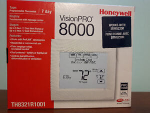 Honeywell VisionPro 8321 Thermostat