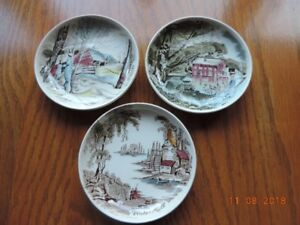 Set of Johnson Bros. Small Decorative Dishes