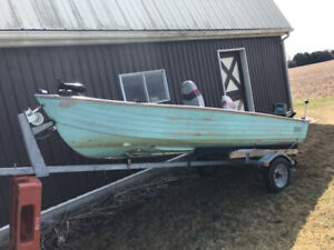 Aluminum Fishing Boat w/25hp Yamaha Outboard and trailer
