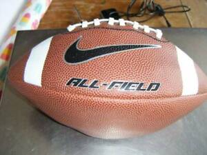 Sobriqueta Evolucionar Brutal  NIKE ALL-FIELD 3.0 AMERICAN FOOTBALL GRIDIRON BALL PEEWEE SIZE | Other  Sports & Fitness | Gumtree Australia Brisbane North West - Wilston |  1260804193