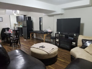 Furnished Bachelor Apt, ALL INCLUSIVE in West Pickering -Dec 1st