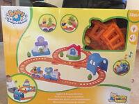 Bruin bear train set