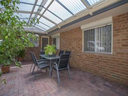 4x2 free standing house for rent in Lockridge - first week free