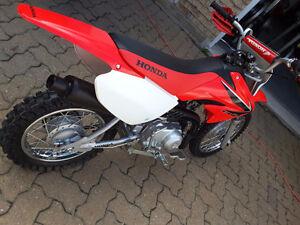 Honda CRF 70 2008 + équipements
