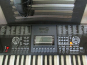 CLAVIER ROCK JAM  61 TOUCHES  COMME NEUF$160.00